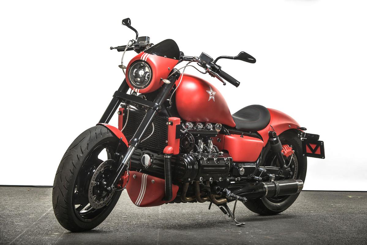 Custom Valkyrie moto : The Red Fury